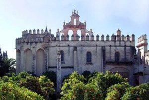 cuantas iglesias hay en sevilla